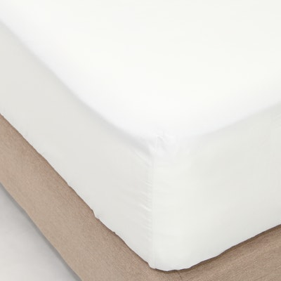 LUXE Fitted Bed Sheet - Alpine White (Super Single)