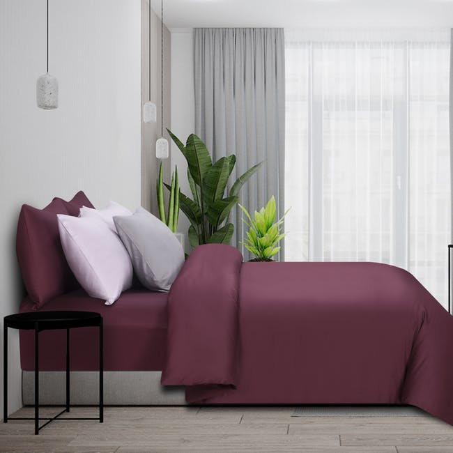Marie Claire Morpheus Solid Fitted Sheet - Burgundy (4 Sizes) - 0