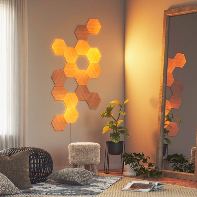 Nanoleaf Elements Wood Look Smarter Kit (7 Panels) - 5