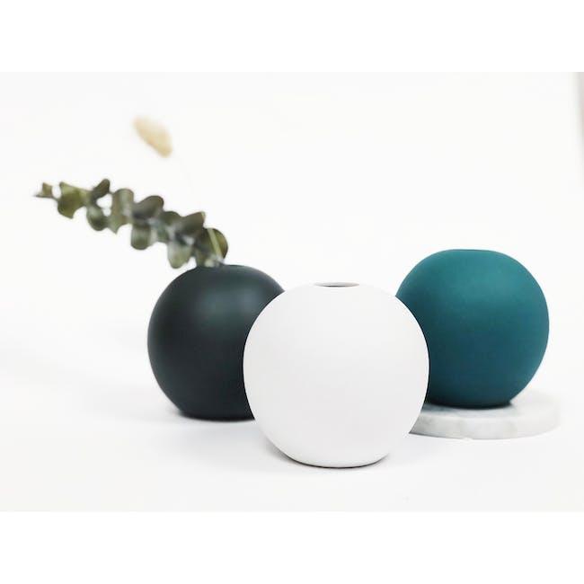 Nordic Matte Vase Large Sphere - Matte Black - 3