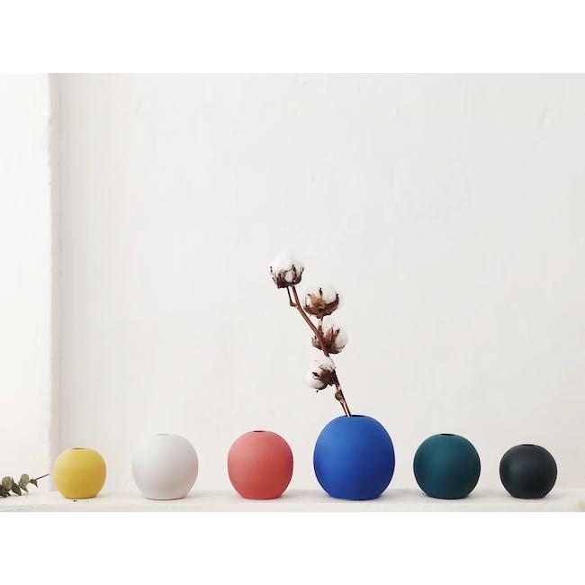 Nordic Matte Vase Large Sphere - Matte Black - 9