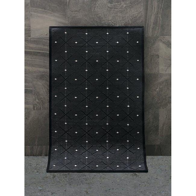 Ease Medium Reversible Mat 2.4m x 1.5m - Black - 7