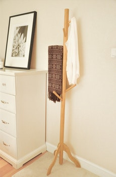 Minimalist Clothes Rack - Natural
