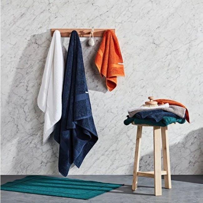 Canningvale Royal Splendour Hand Towel - White - 1