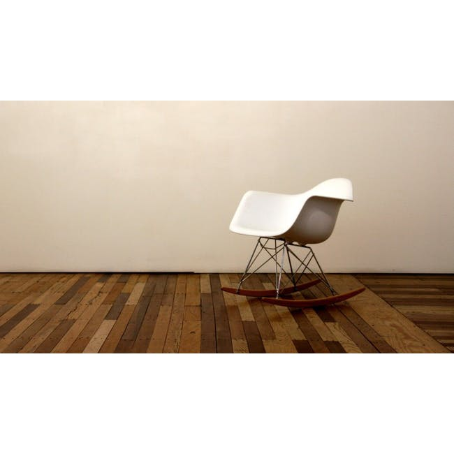 RAR Rocking Chair Replica - White - 3