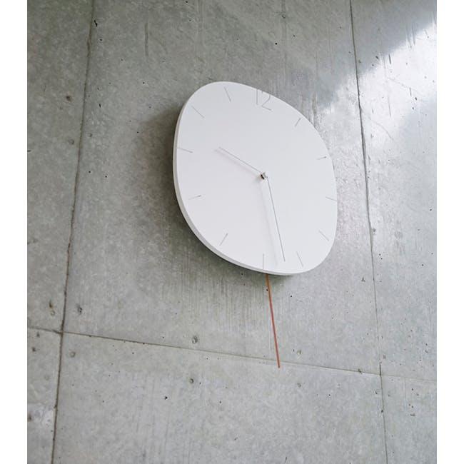 Carved Se Clock - 1