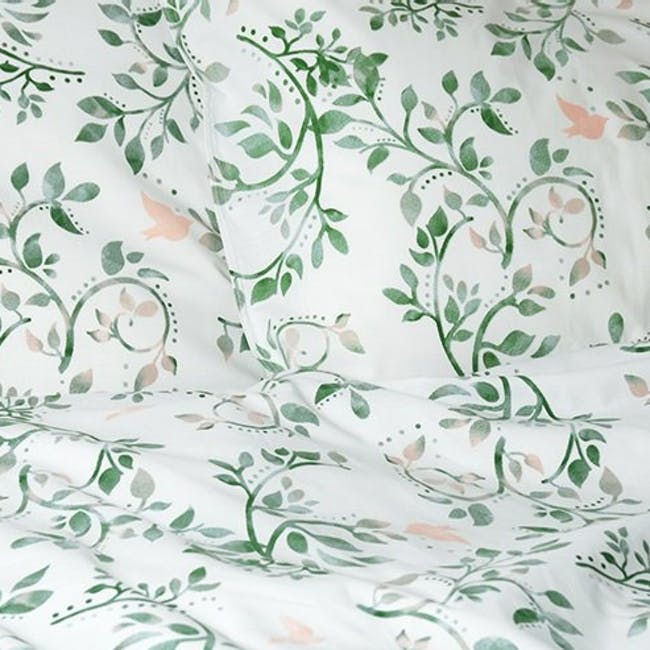 Canningvale Sleep Easy Botanica Quilt Cover Set - Sea Mist (2 Sizes) - 1