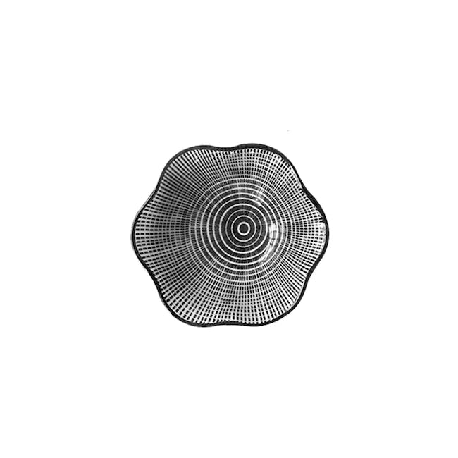 Table Matters Scattered Lines Saucer (2 Sizes) - 0