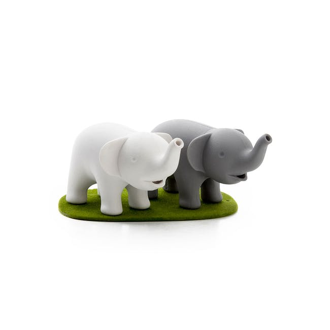 Duo Elephant Salt & Pepper Shaker - 0