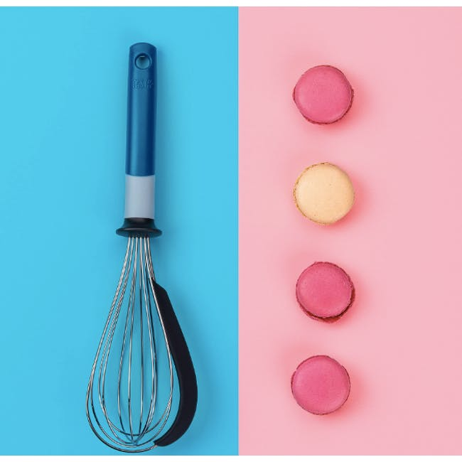 Tasty Whisk With Scraper - 2