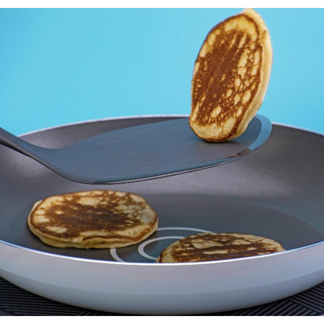Tasty Nylon Pancake Turner - 1