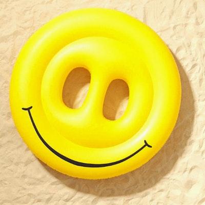 Smiley Face Island (Free Air Pump)