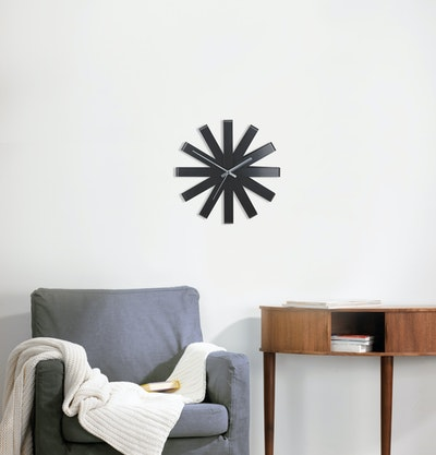 Ribbon Wall Clock - Black - Image 2