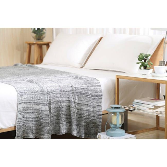 Lemuel Soft Knitted Throw - White - 0
