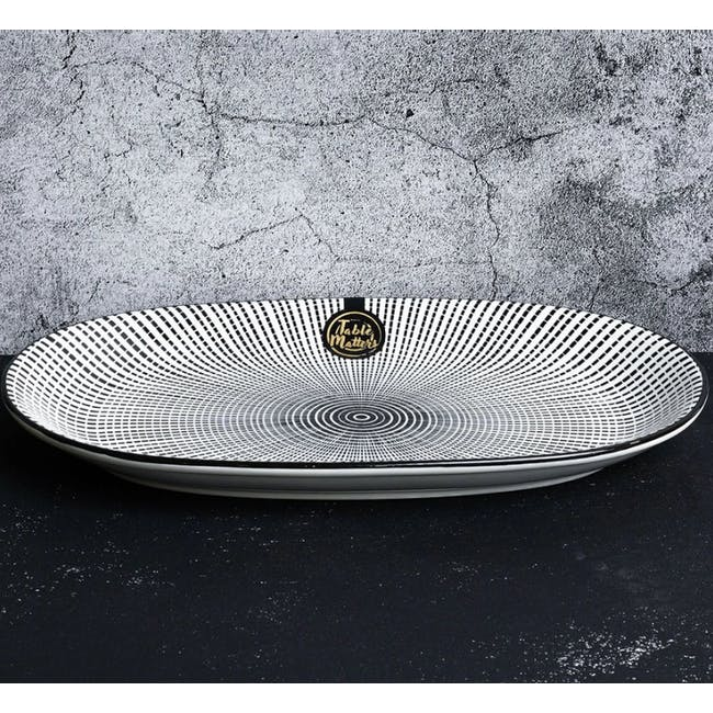 Table Matters Scattered Lines Oval Shaped Plate - 2