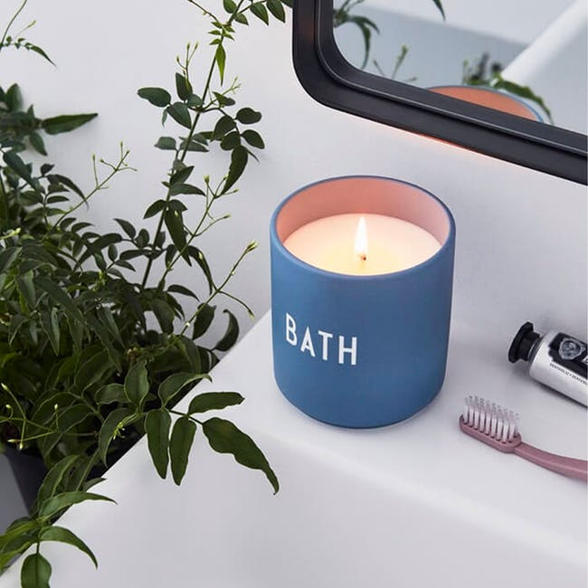 Large Scented Candle - Blue (Bath) - 1