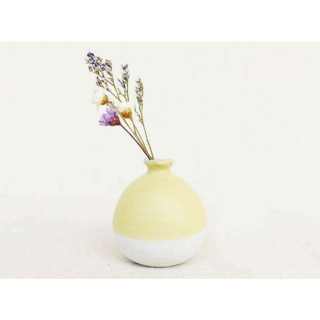 Mini Vase 5 cm - Pastel Yellow - 0