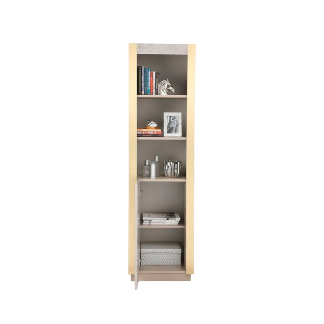 Tristan Bookshelf - 1