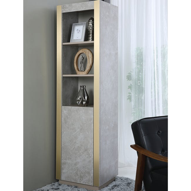Tristan Bookshelf - 4