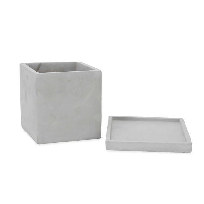 Square Concrete Pot with Saucer - Medium - 1