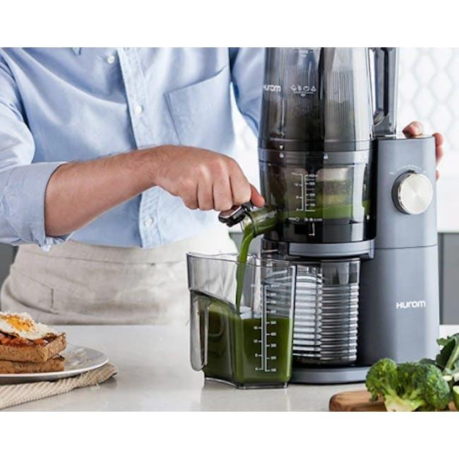 Hurom HI-3400 Cold Pressed Slow Fruit Juicer Premium Series - Midnight Blue - 3