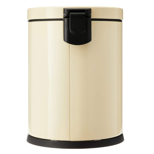 EKO Luna Stainless Steel Step Bin With Soft Closing Lid - Cream (4 Sizes) - 3