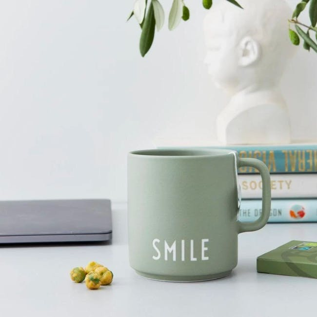 Favourite Cup With Handle - Green (Smile) - 1