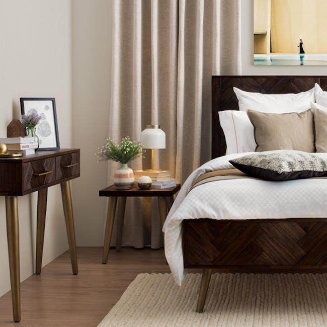 Cadencia Queen Bed - 1