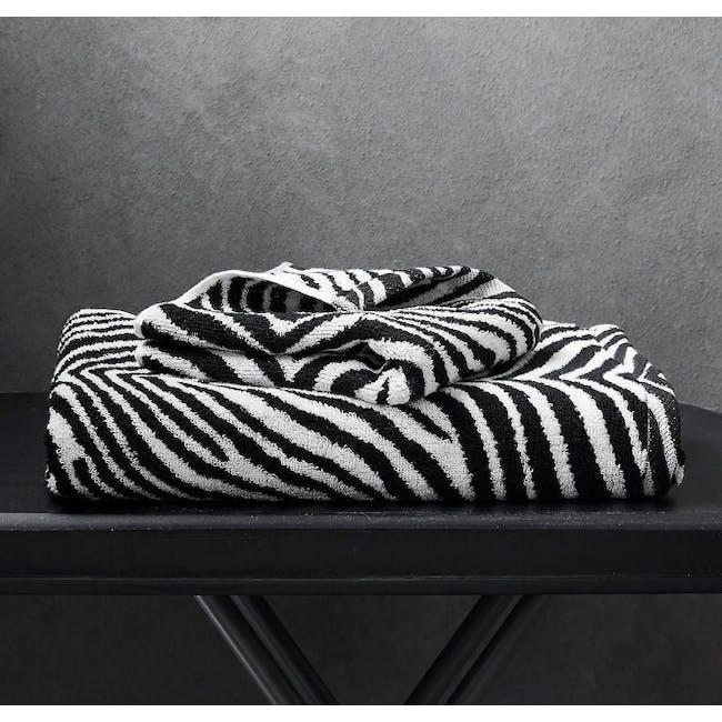 Canningvale Tribu' Bath Towel - Black - 3