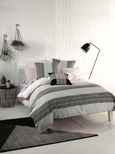 (Queen) Neta 4-Pc Bedding Set - Image 2