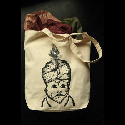 Travelling Kitty Bhangra Tote Bag