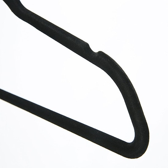1688 - Velvet Clothes Hangers (Set of 10) - Black