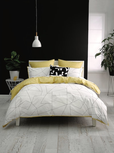 (Super Single) Fraction Yellow 4-Pc Bedding Set - Image 2