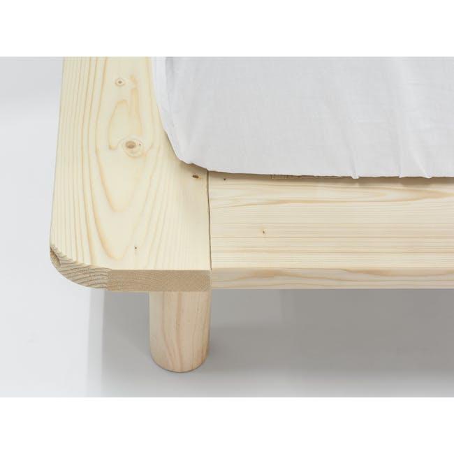 Hiro Queen Platform Bed - 6