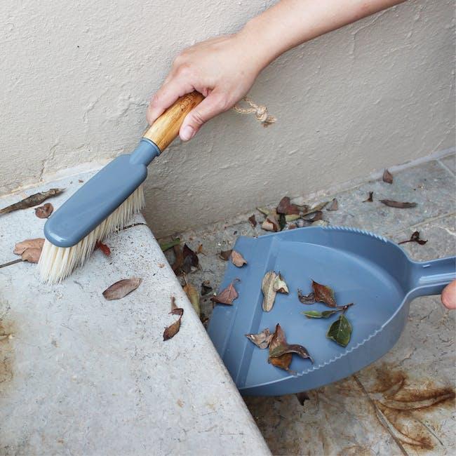 Eco Basics Dustpan And Brush Set - 5