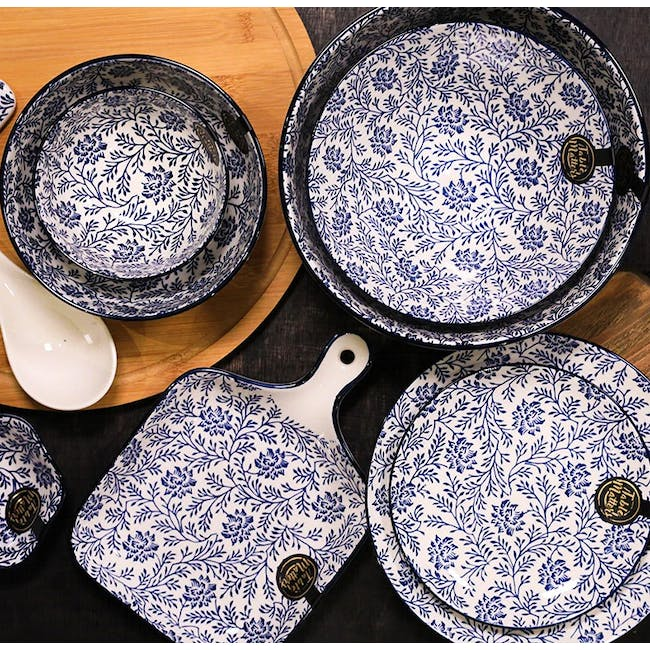 Table Matters Floral Blue  Square Plate With Handle - 3