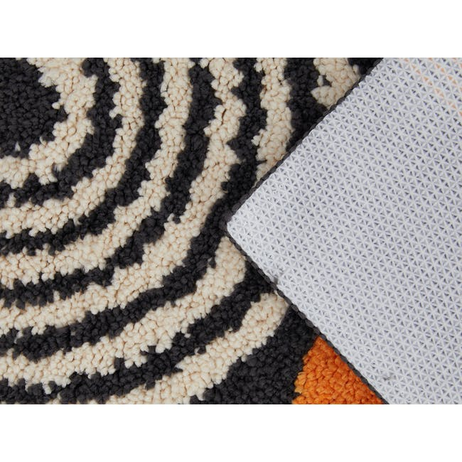 Form Floor Mat - Illusion - 2