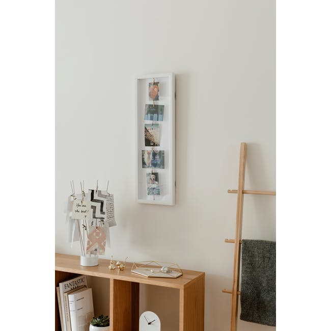 Clothesline Flip Photo Display - White - 5