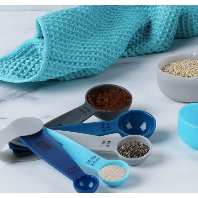 Tasty Measuring Cups & Spoons - 3