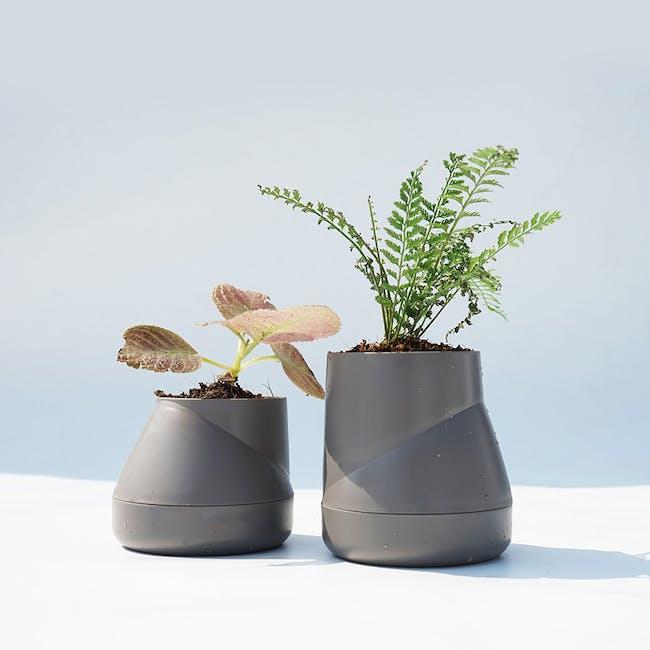 Large Hill Pot - Grey - 1