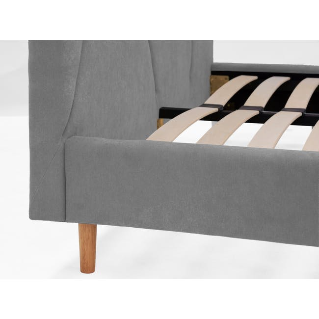 Kieran King Bed in Gray Owl with 2 Odin Bedside Tables in Natural - 10