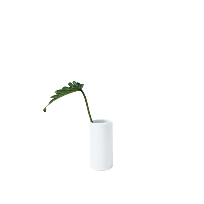 Nordic Matte Vase Small Straight Cylinder - White - 0