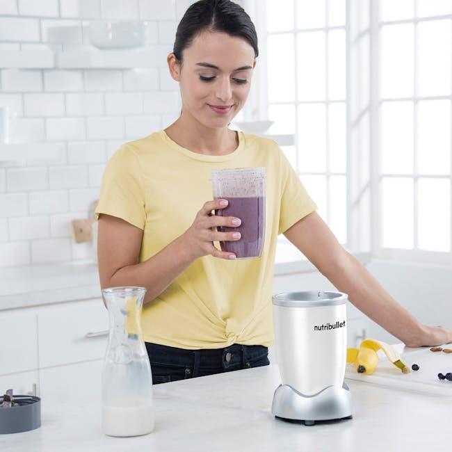 NutriBullet 600W Personal Blender - White - 2