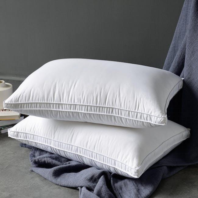 Nature Basics Silken Touch Gusset Pillow - 1
