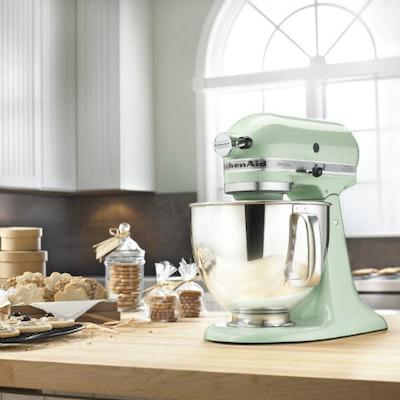 KitchenAid Artisan Stand Mixer - Pistacho
