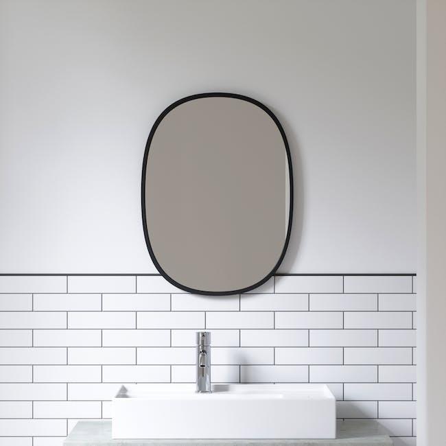 Hub Oval Mirror 46 x 61 cm - Black - 5