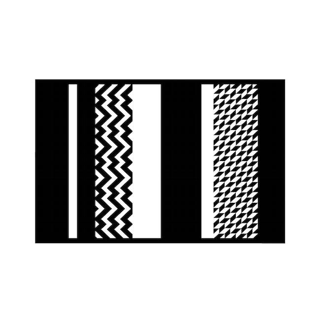 Katve Medium Reversible Mat 2.4m x 1.5m - Black/White - 0