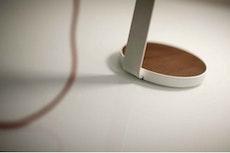 Gravy Desk Lamp – White Oak Matte