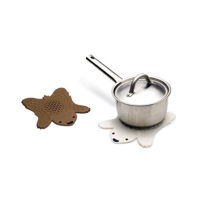 Grizzly Hot Pot Trivet - Brown - 2