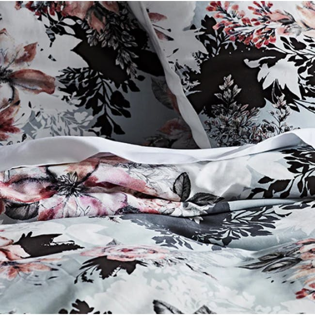 Canningvale Modella Luxury Queen Quilt Cover Set - Valentina - 1